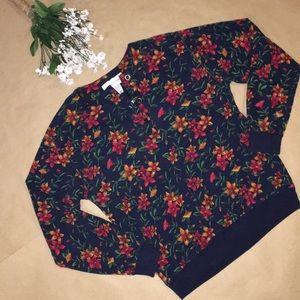 Long sleeve button blouse